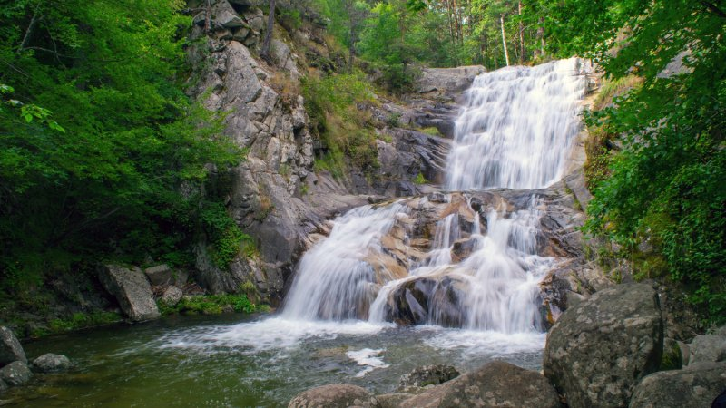 Bulgarije-Zuid-Bulgarije-Melnik-Excursie-zandpyramides-waterval