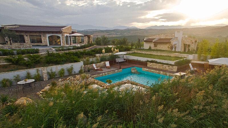 Bulgarije-Zuid-Bulgarije-Zornitza-Family-Estate-zwembad-2