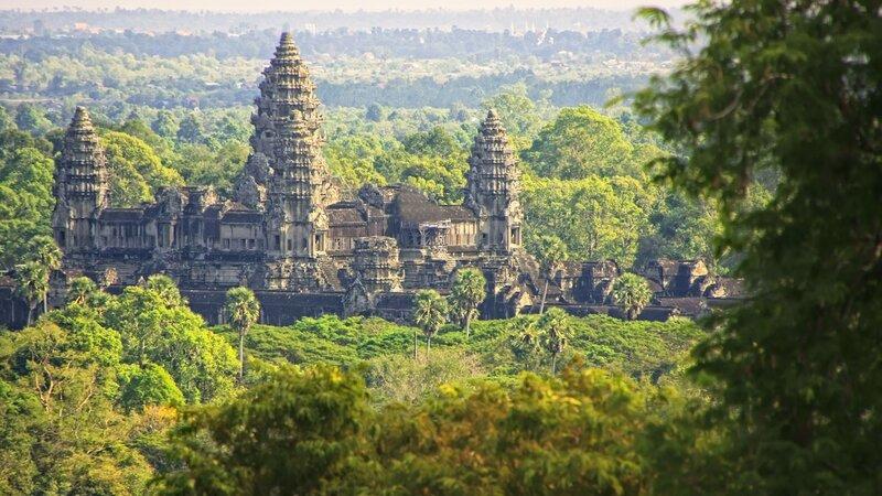 Cambodja-Siem Reap-Angkor Wat op afstand