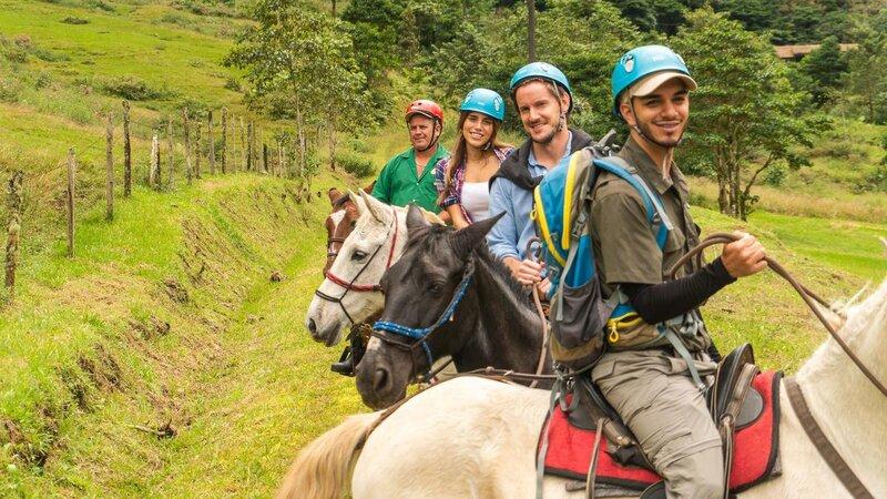 Costa-Rica-Central-Valley-Hotel-El-Silencio-Lodge-paardrijden