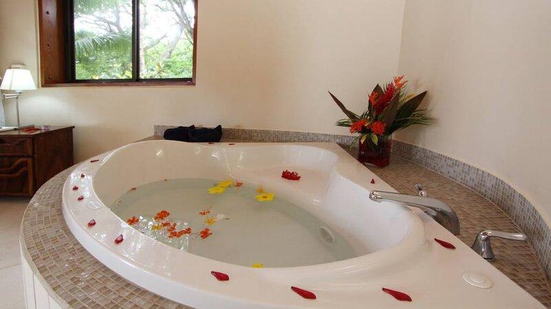 Costa Rica - Quizales Beach - Nicoya Peninsula- Tango Mar hotel (18)