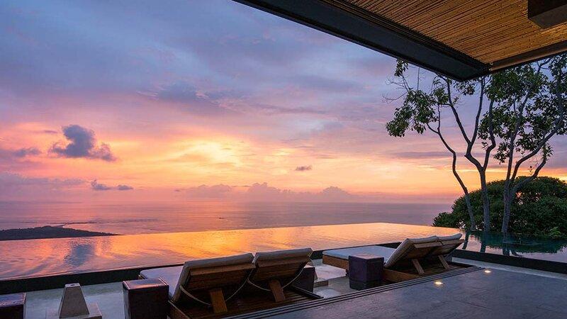 Costa-Rica-Uvita-Hotel-Kura-Design-Villas-infinity-zwembad