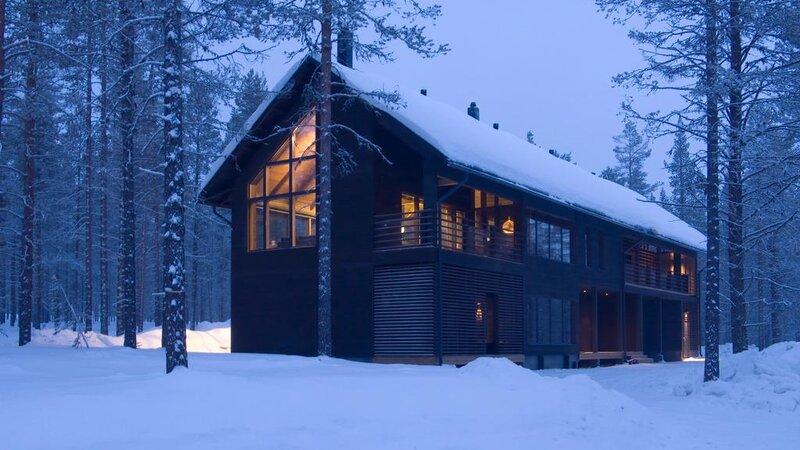 Finland-Lapland-Levi-Spirit-Villas-blokhut-buitenzicht-sneeuw