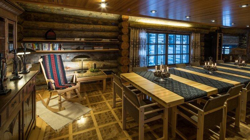 Finland-Lapland-Yllas-L7-Luxury-Lodge-eetkamer