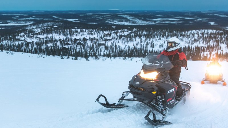 Finland-Zweden-Lapland-Levi-sneeuwscooter-safari