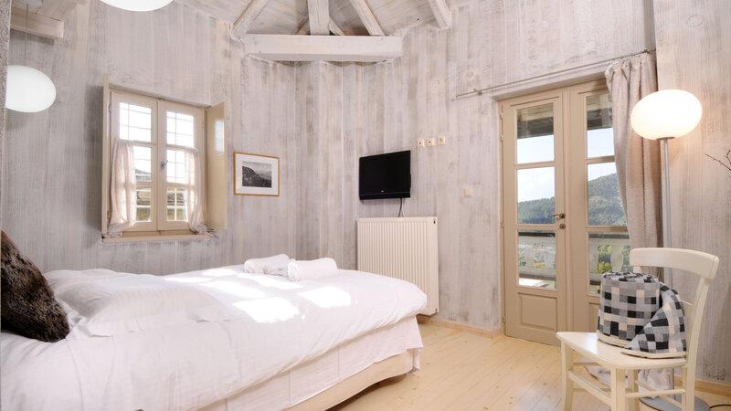 Griekenland-Epirus-Gebergte-Mikro-Papigo-Hotel-standaard-plus-kamer-met-balkon