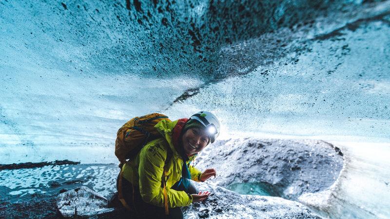 IJsland-Excursie-Ice-Caves-of-Kötlujökull-1