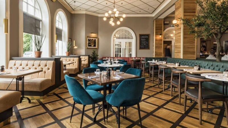 IJsland-Reykjavik-Hotel-Borg-italian-restaurant