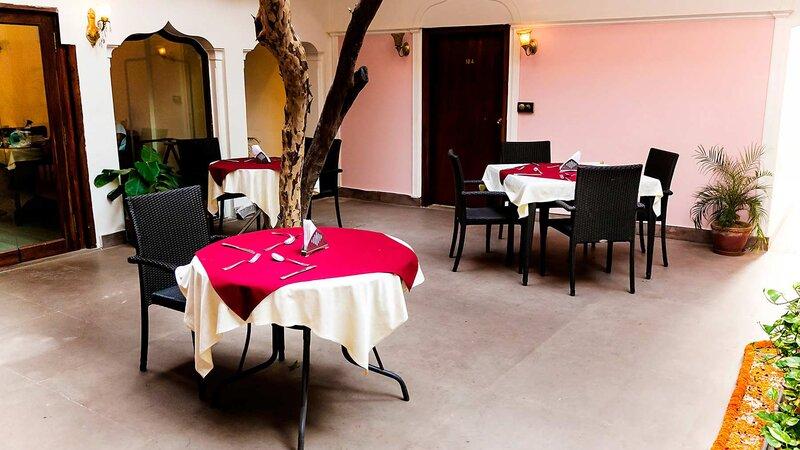 India-Varanasi-Hotel Suryauday Haveli 3