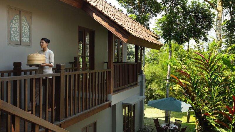 Indonesië-Java-Borobudur-Plataran-Borobudur-roomservice