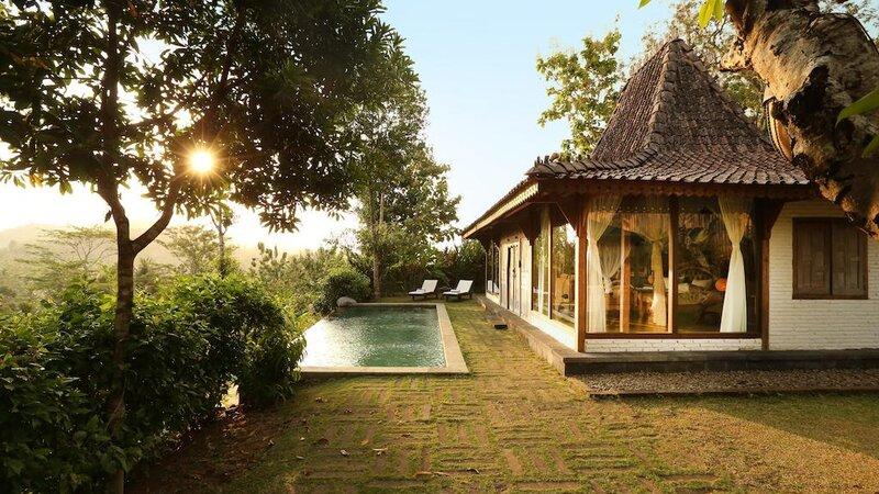 Indonesië-Java-Borobudur-Plataran-Borobudur-zwembad-2