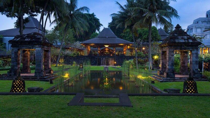 Indonesië-Java-Yogyakarta-Hyatt-Regency-vijver