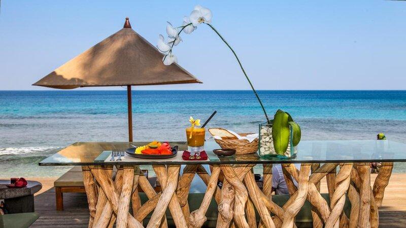 Indonesië-Lombok-Senggigi-Qunci-Villas-resto-ontbijt