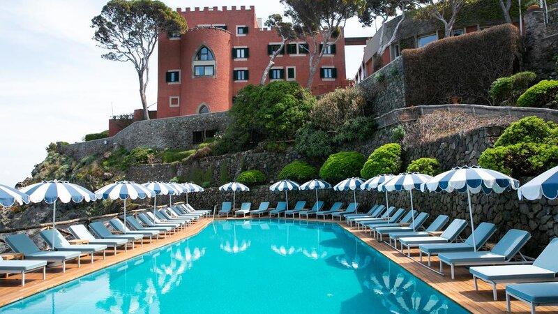 Ischia-Mezzatorre-zwembad