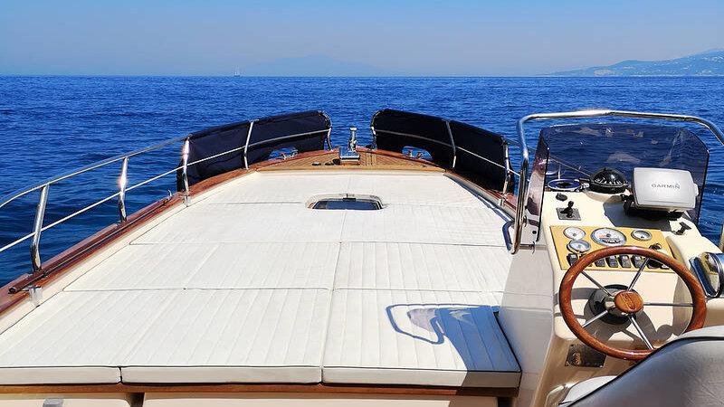 Italië-Amalfi-Excursie-Privéboottocht-rond-Capri-of-Ischia-2