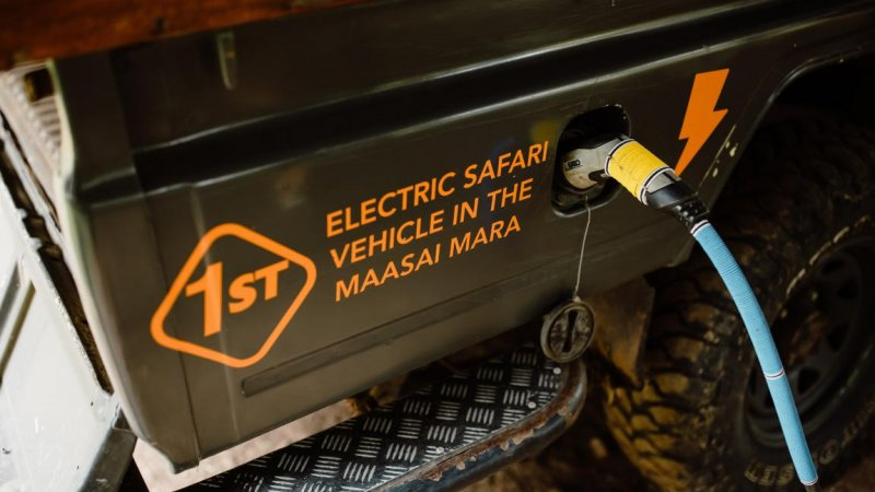 Kenia-Masai Mara-Emboo River Camp-elektrische safarivoertuigen 2-min