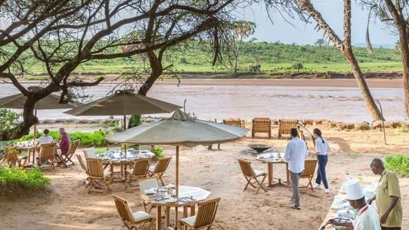 Kenia-Samburu Game Reserve-Elephant Bedroom Camp-al fresco diner