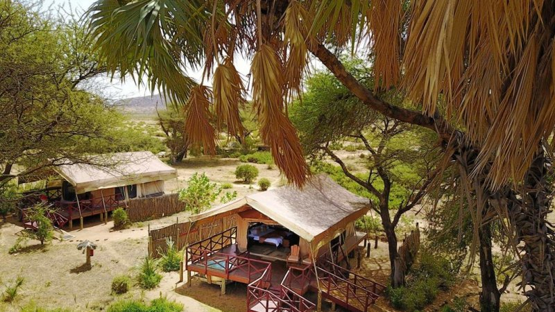 Kenia-Samburu Game Reserve-Elephant Bedroom Camp-tent buitenzicht