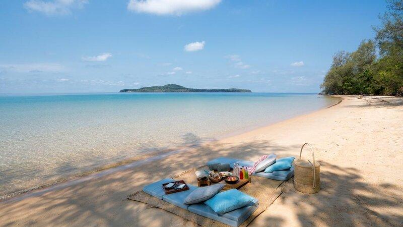 Krabey-Island-Six-Senses-beach
