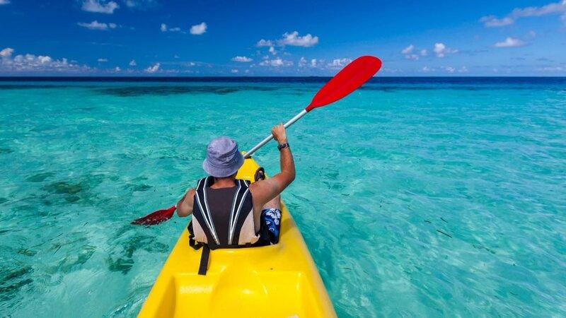 Malediven-South-Ari-Atoll-Lily-Beach-kajak