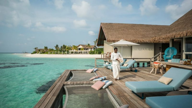 Malediven-Voavah-eiland-Four-Seasons-wer-villas-zonnedek