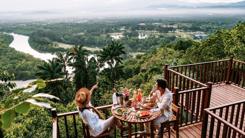 Amazing luxe in Borneo