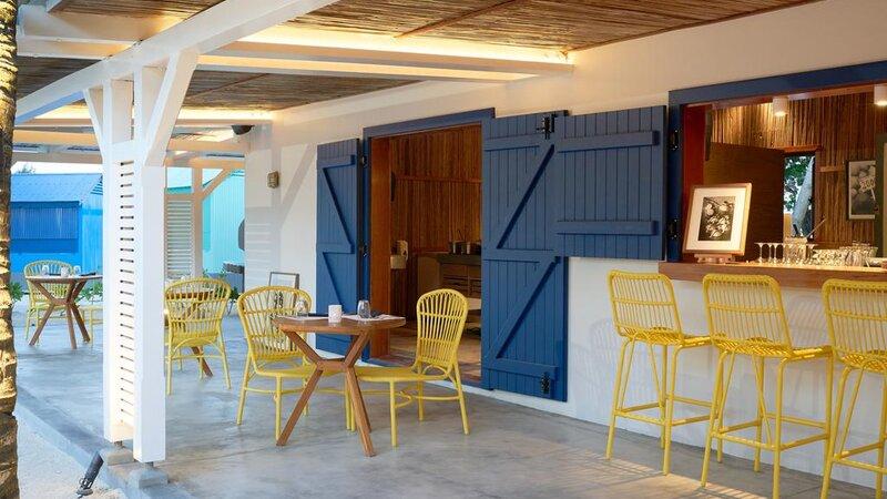 Mauritius Lagoon Attitude Bar