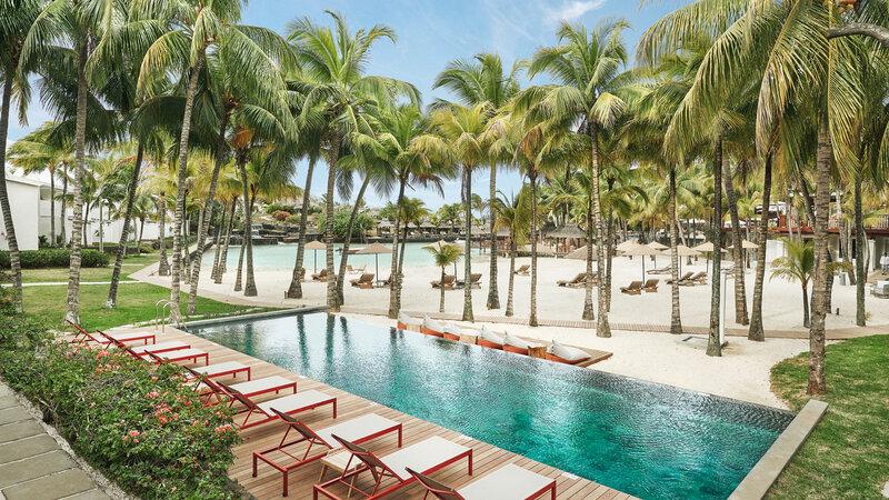 Mauritius-noorden-Paradise-Cove-Hotel-lap-zwembad