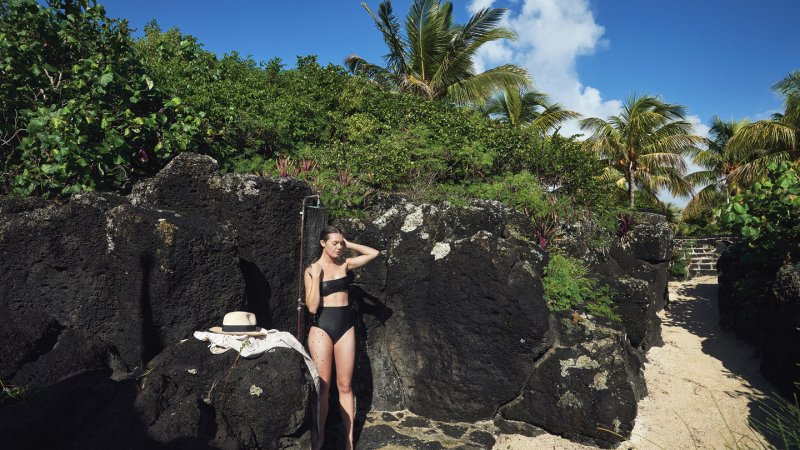 Mauritius-noorden-Paradise-Cove-Hotel-outdoor-spa-douche