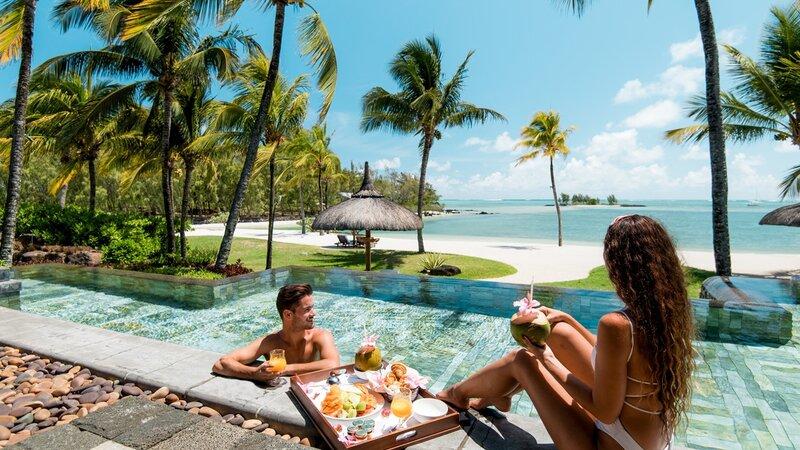 Mauritius-oosten-Shangri-la-le-touessrok-koppel-3bedroom-villa-ontbijt