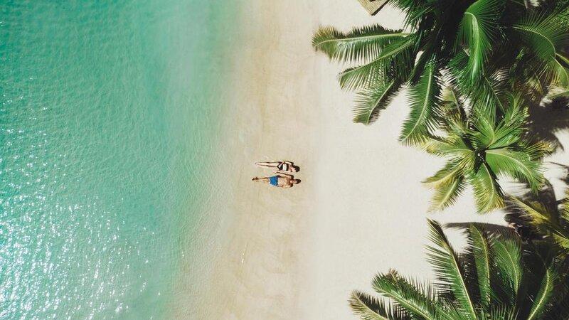 Mauritius-Paradise-Cove-Hotel-koppel-strand