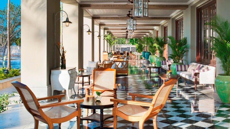 Mauritius-St-Regis-hotel-1904-bar