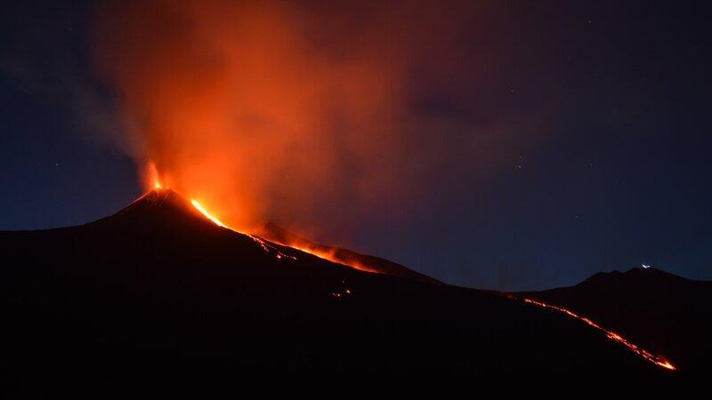 Oost-Sicilie-Etna-vulkaan-lava