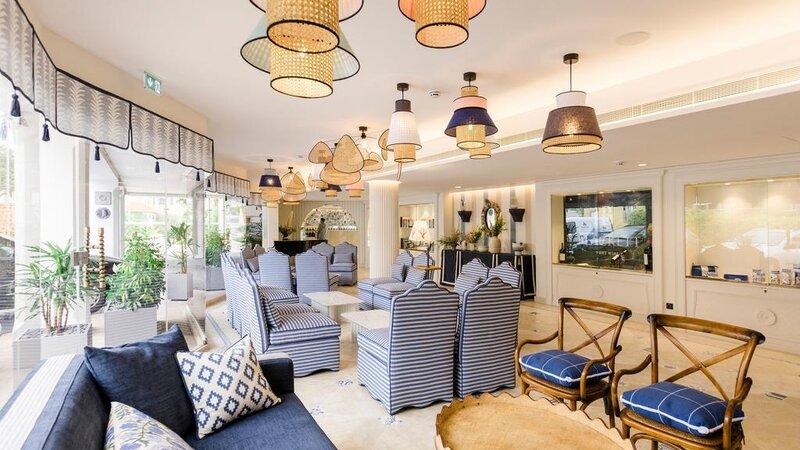 Portugal-Cascais-Hotel-The-Albatroz-Hotel-lounge2