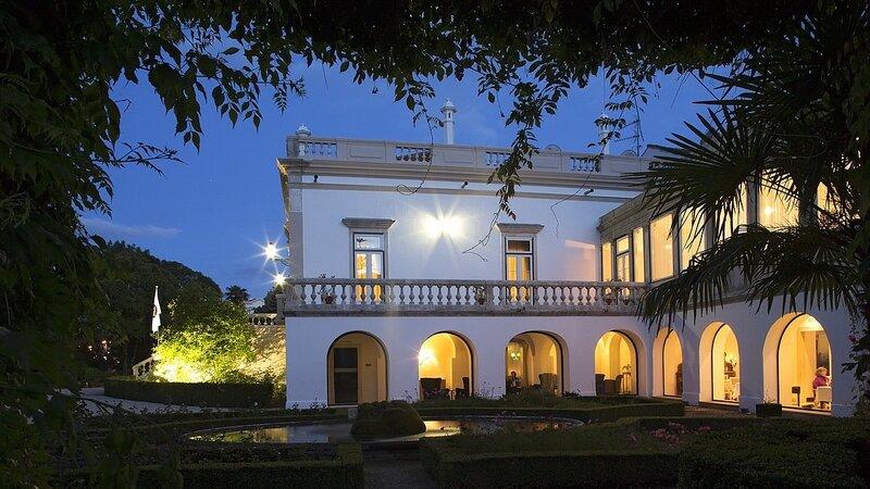 Portugal - Rua António Augusto Gonçalves - Coimbra - Quinta das Lágrimas (2)