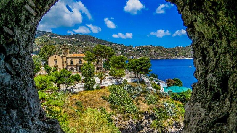 rsz_sicilie-eolische-eilanden-uitzicht-lipari