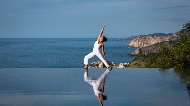 rsz_vietnam-stranden-zuid-vietnam-cliff-pool-yoga
