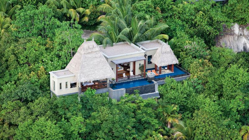Seychellen-Anantara-Maia-Seychelles-Villas-ocean-view-pool-villa-luchtfoto