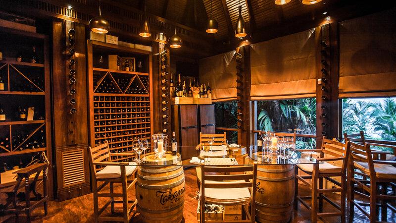 Seychellen-Anantara-Maia-Seychelles-Villas-wijnproeverij