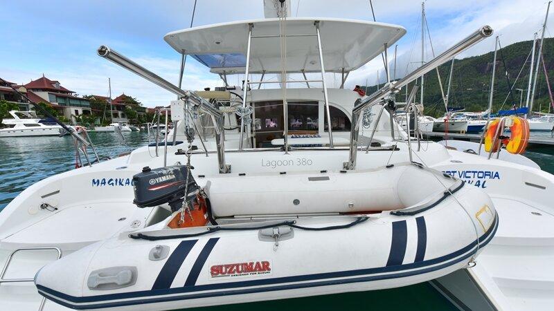 Seychellen-Bat-o-Blue-Lagoon-360-boot
