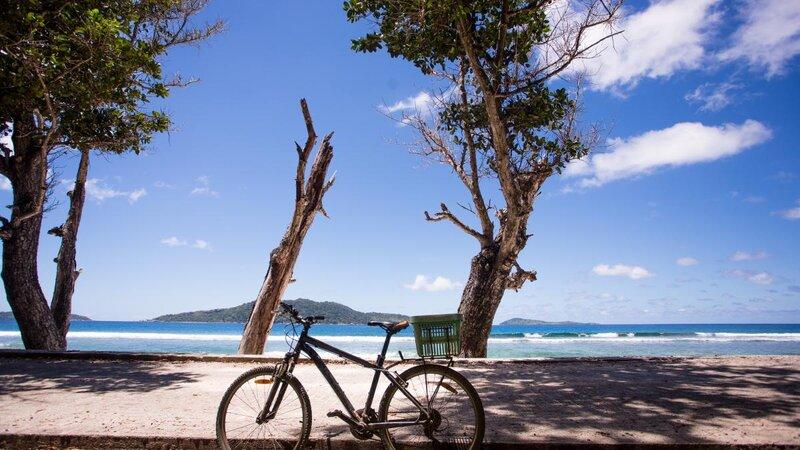 Seychellen-La-Digue-Domaine-de-l'Organeraie-Anse-Severe