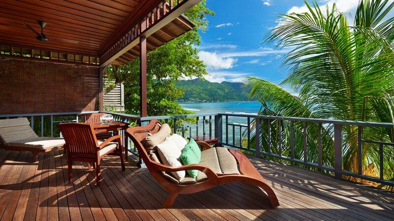 Seychellen-Mahe-Hilton-Northolme-Resort-&-Spa-Ocean-front-villa 1