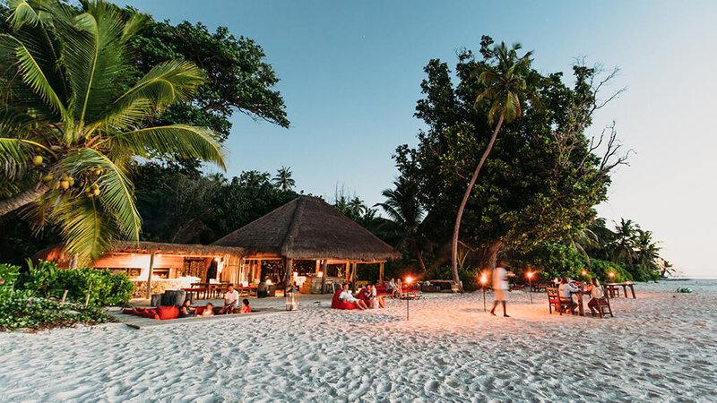 Seychellen-Private-eilanden-North-Island-sunset-bar
