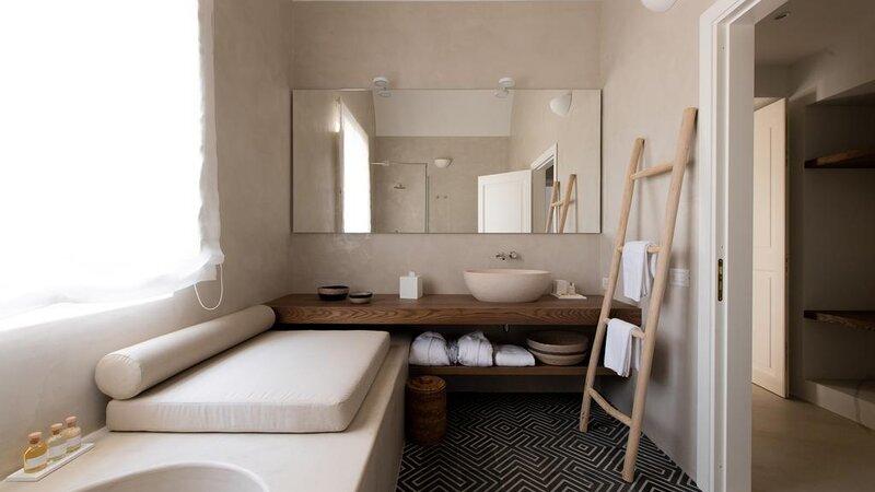 Sicilie-Eolische-Eilanden-Capofaro-Locanda-&-Malvasia-badkamer-2