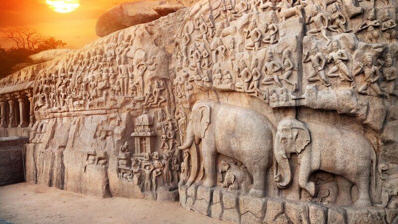Sri Lanka-Polonnaruwa-hoogtepunt-muur met olifanten