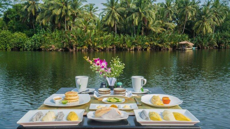 Tatai-4-rivers-floating-lodge-ontbijt