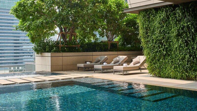 Thailand-Bangkok-Hotel-Rosewood-Bangkok-zwembad-1