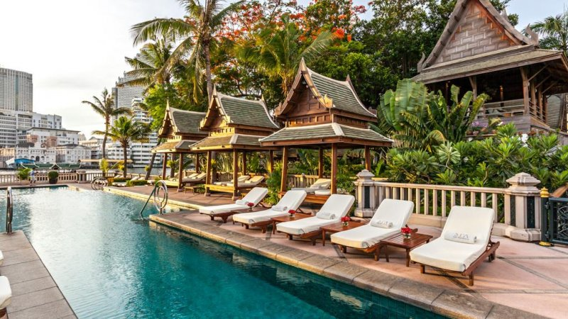 Thailand-Bangkok-Hotel-The-Peninsula-zwembad-2