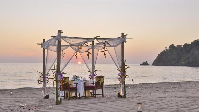 Thailand-Koh-Lanta-Hotel-Pimalai-strand-romantisch-diner
