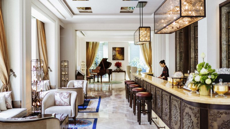 Vietnam-Ho-Chi-Minh-Hotel-Des-Arts-receptie3